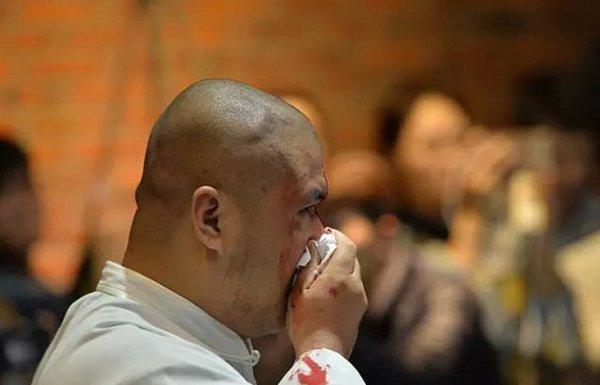 Nguy Loi: Van het noi cong, toi se khien Tu Hieu Dong bo mang hinh anh 2