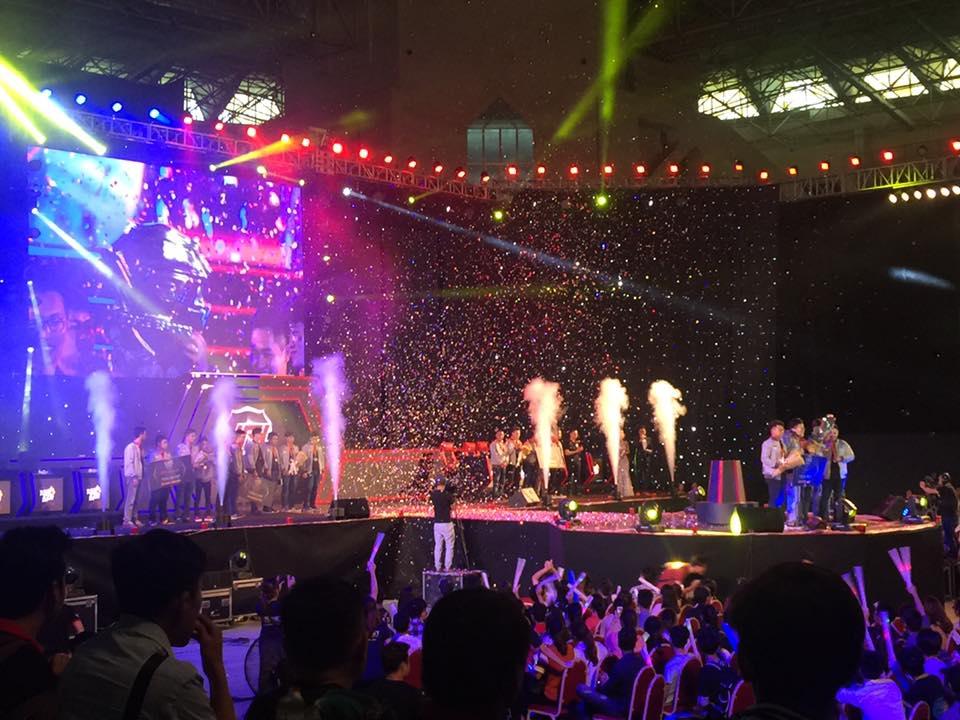 Hoanh trang Chung ket mua Xuan giai dau VPL 2017 hinh anh 1