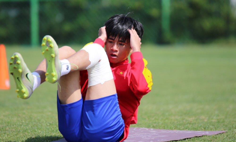 Ngay mai, quyet 'so phan' Thanh Hau tai U20 Viet Nam hinh anh 1
