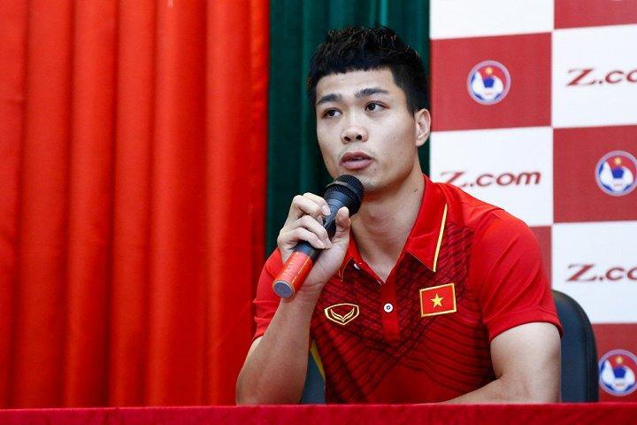 Cong Phuong nam thu 2 ky hop dong thuong hieu ca nhan: Cai gia cua thuong hieu ngoi sao hinh anh 2