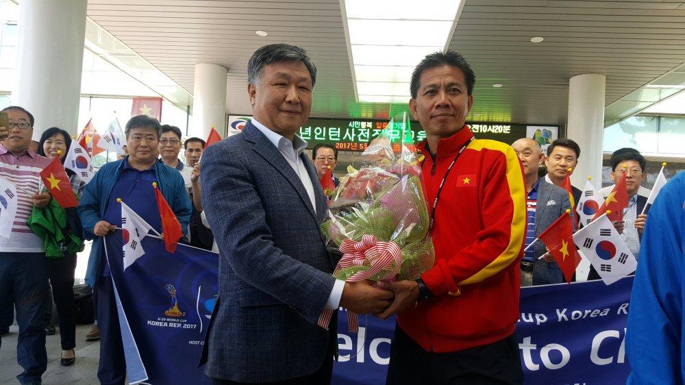 BLV Quang Huy: Chi can mot diem, U20 Viet Nam se di vao lich su hinh anh 2