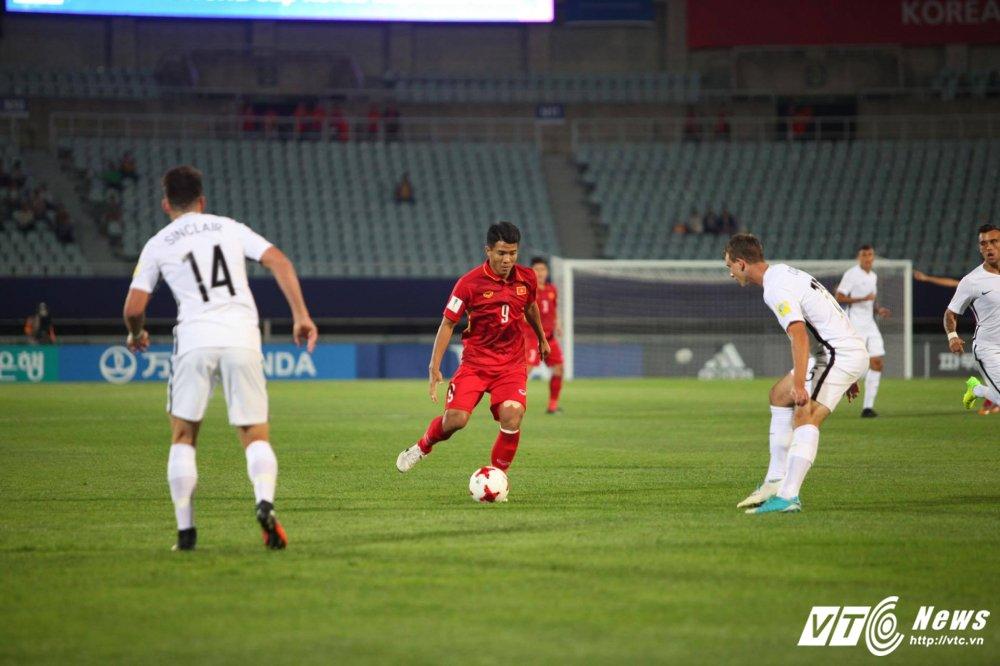 U20 Viet Nam di vao lich su: Thi dau qua cam nhung khong gap may hinh anh 2