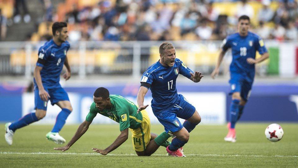 Truc tiep U20 Nam Phi vs U20 Italia giai U20 The gioi 2017 hinh anh 7