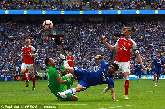 Truc tiep Arsenal vs Chelsea: Arsenal 'len dinh' FA Cup 2017 hinh anh 4