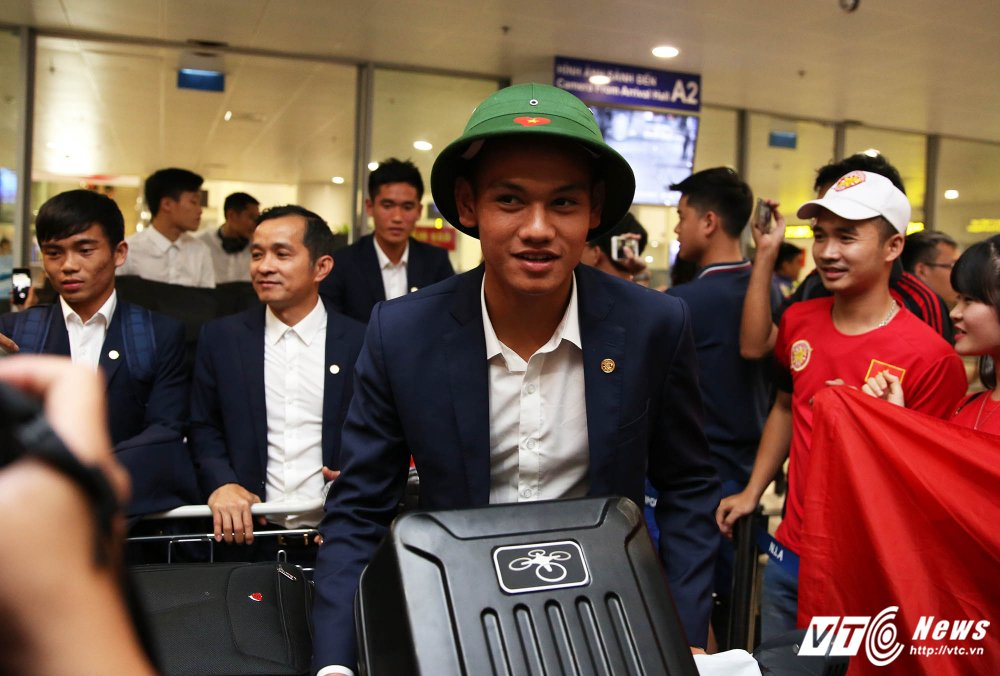 Pho chu tich VFF Tran Quoc Tuan: Goi cau thu U20 Viet Nam da SEA Games la quyen cua HLV Huu Thang hinh anh 1