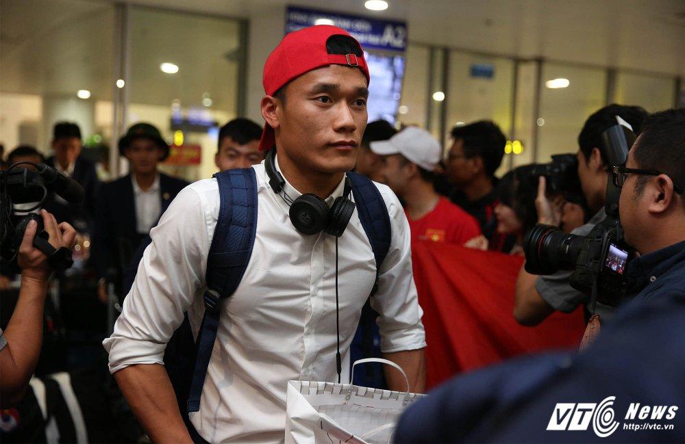 HLV Hoang Anh Tuan: U20 Viet Nam thay doi lich su bong da Dong Nam A, roi moi tinh tiep hinh anh 2