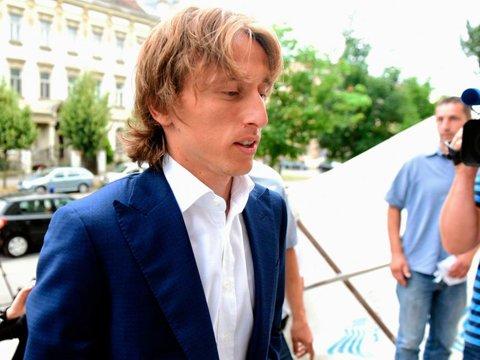 Luka Modric bien minh thanh 'ke phan boi' bong da Croatia hinh anh 4