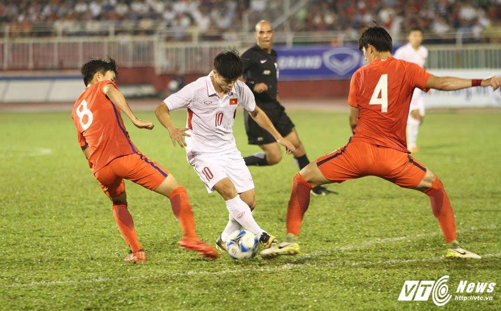 Truc tiep U22 Viet Nam vs U22 Han Quoc vong loai U23 chau A 2018 hinh anh 1