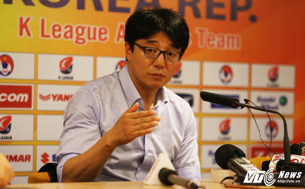 Thua U22 Viet Nam, HLV Ngoi sao K-League khen ngoi Xuan Truong hinh anh 1