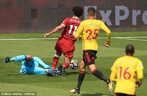 Truc tiep Watford vs Liverpool vong 1 giai Ngoai Hang Anh hinh anh 2