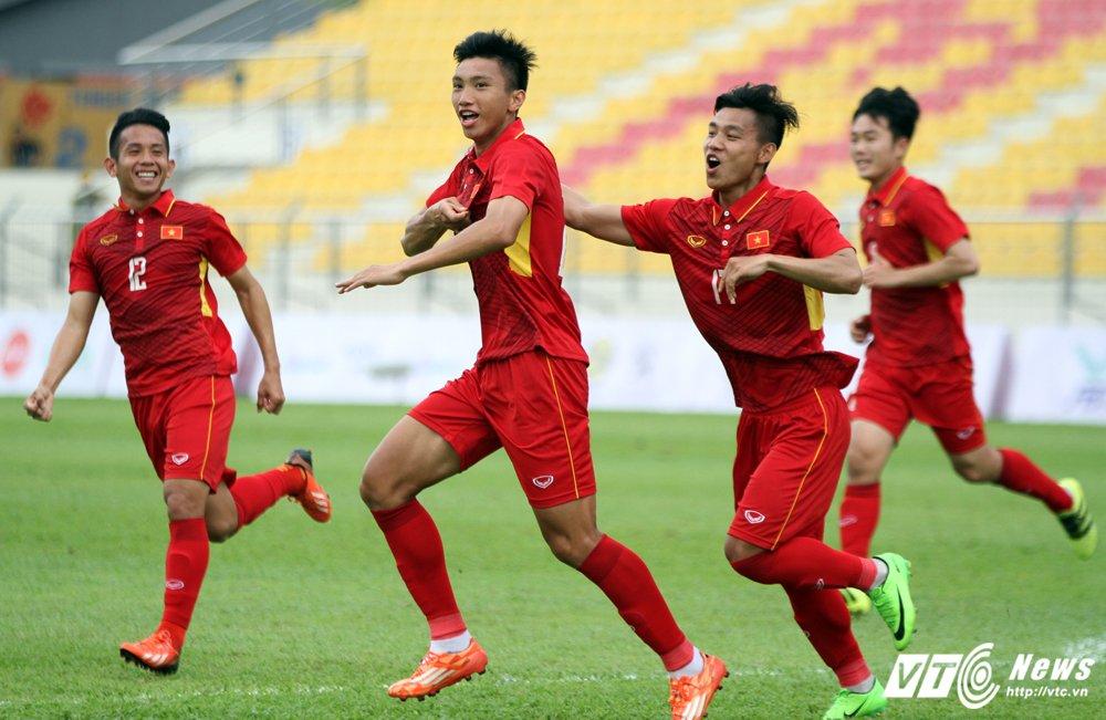 Xem truc tiep Viet Nam vs Indonesia - Bang B bong da SEA Games 29 hinh anh 13