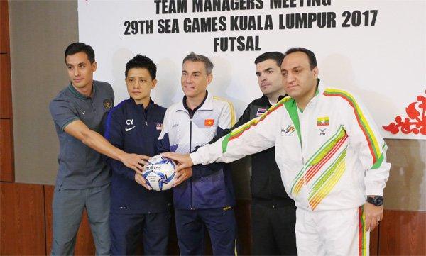 Ket qua Futsal SEA Games 29: Viet Nam vs Thai Lan ty so 1-4 hinh anh 3