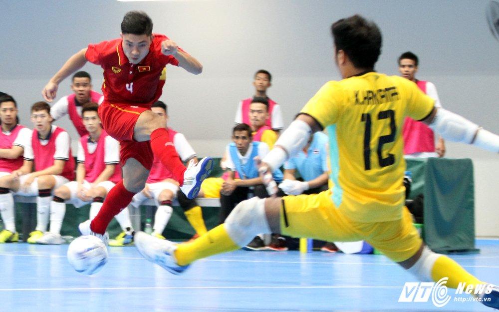 Truc tiep SEA Games 29 ngay 18/8: U22 Myanmar vao ban ket, Aung Thu vuot Cong Phuong hinh anh 3
