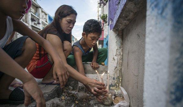 Dan ngheo Philippines: Song o khu o chuot, chet vao 'nghia trang chung cu' hinh anh 2