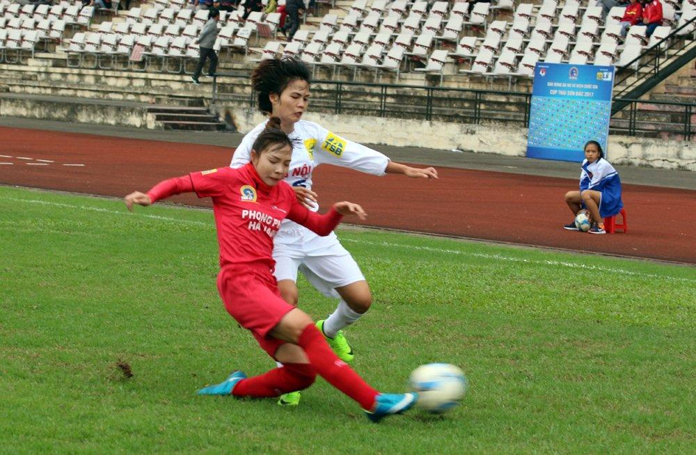 Giai bong da nu VDQG: Phong Phu Ha Nam vung ngoi nhi hinh anh 1
