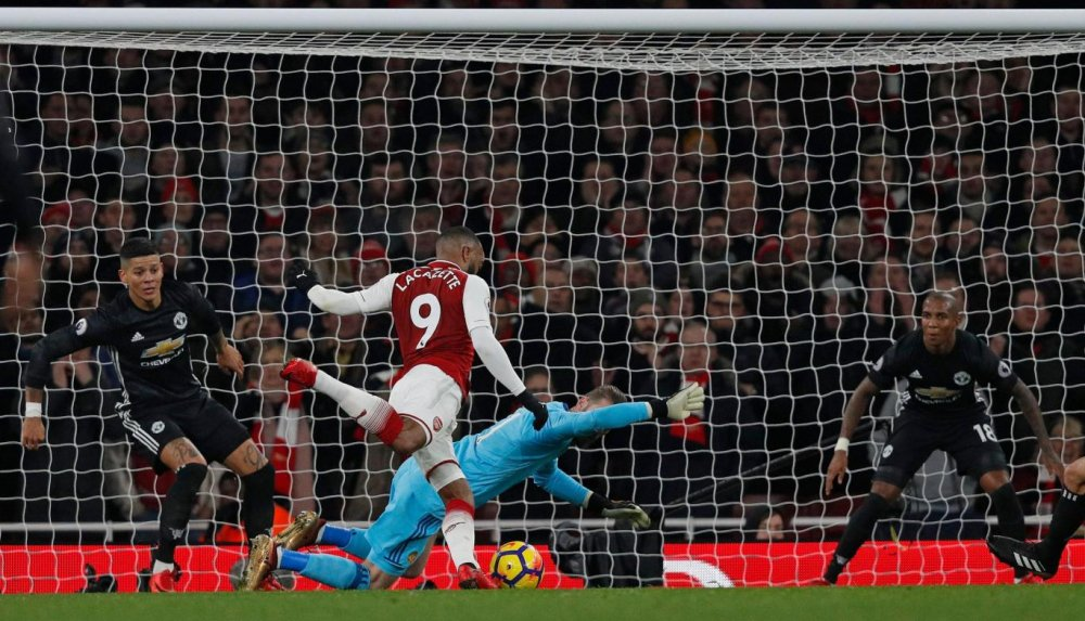Truc tiep Arsenal vs Manchester United vong 15 Ngoai Hang Anh hinh anh 3