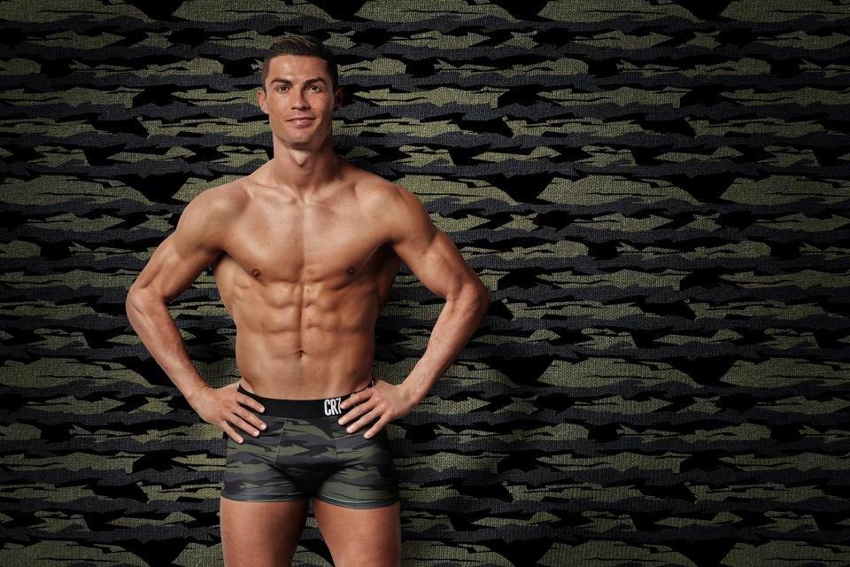 Cristiano Ronaldo, doi anh lieu co noi buon nao khong? hinh anh 5