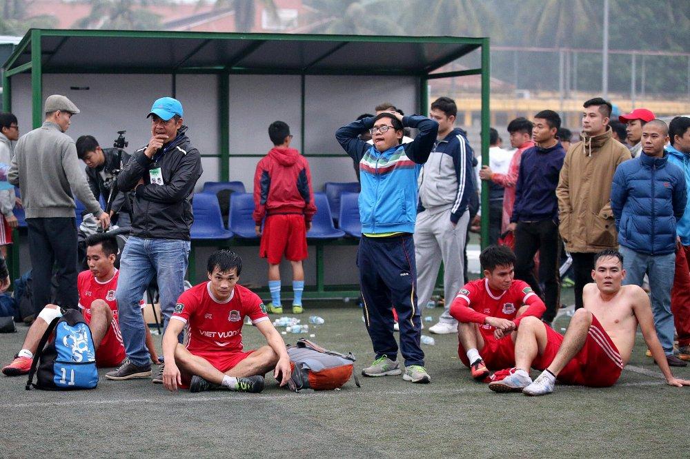 Tin lon & Anh em vo dich nghet tho Saigon Special Premier League mua 5 hinh anh 2