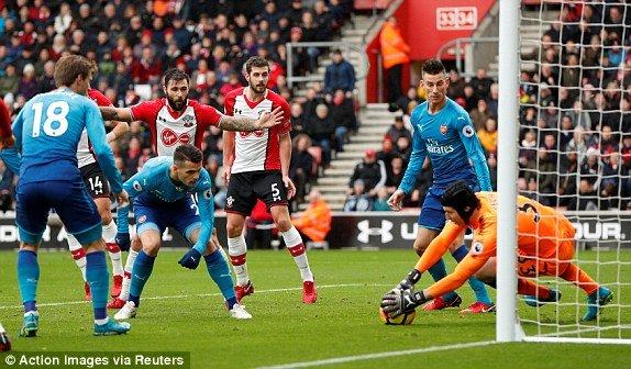 Xem truc tiep Southampton vs Arsenal vong 16 Ngoai Hang Anh 2017 hinh anh 2