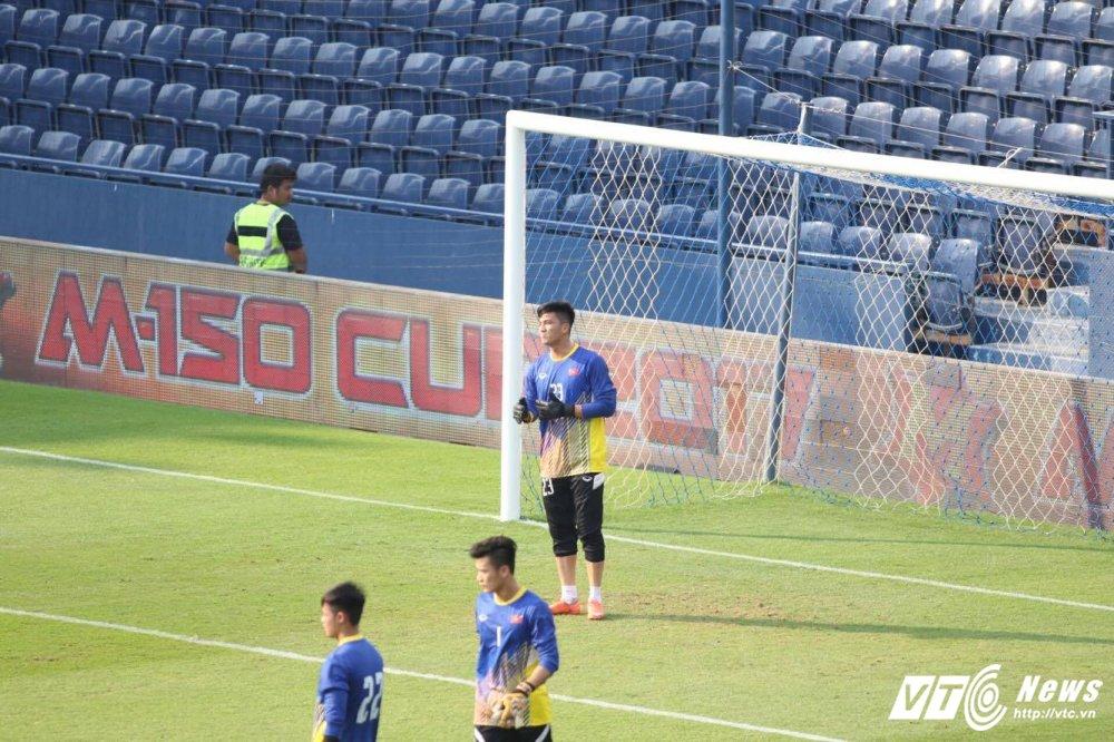 Xem truc tiep U23 Viet Nam vs U23 Uzbekistan giao huu M-150 2017 hinh anh 7