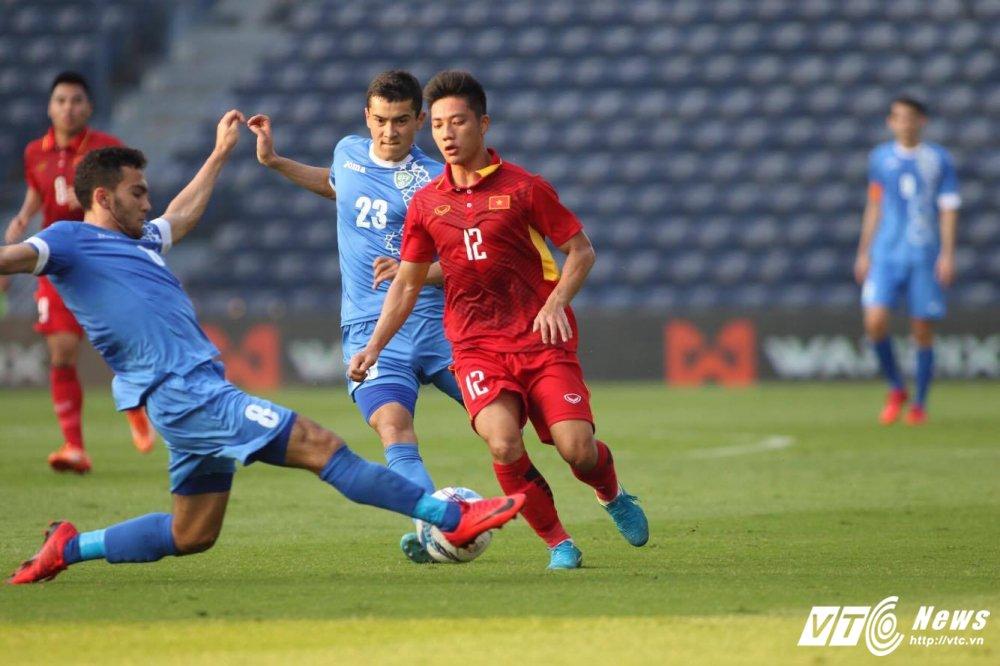 Xem truc tiep U23 Viet Nam vs U23 Uzbekistan giao huu M-150 2017 hinh anh 2