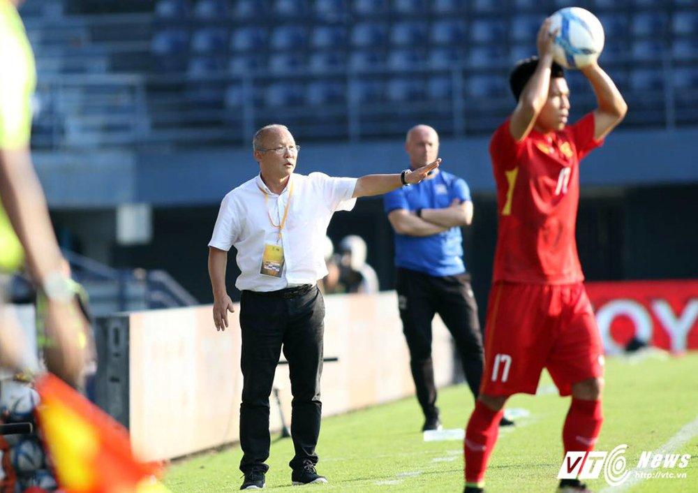 U23 Viet Nam vs Ulsan Hyundai: Cho Park Hang Seo 'doc vi' nguoi Han hinh anh 3
