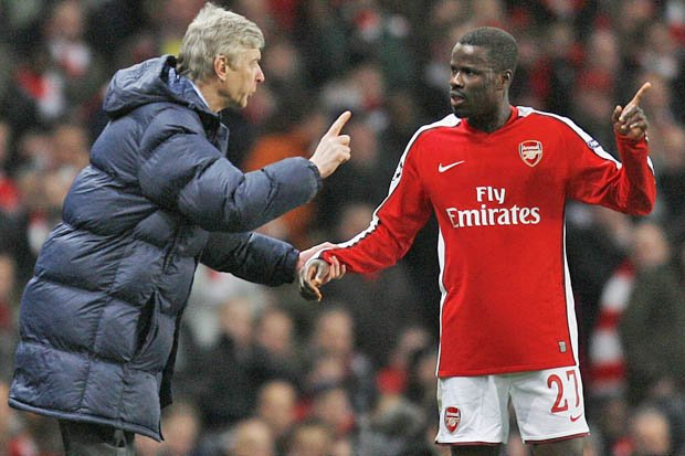 Ngay tho tin loi vo, ngoi sao Arsenal tan gia bai san, tung quan dinh tu tu hinh anh 2