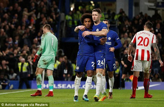 Truc tiep Chelsea vs Stoke City, Link xem Ngoai hang Anh 2017 vong 21 hinh anh 1