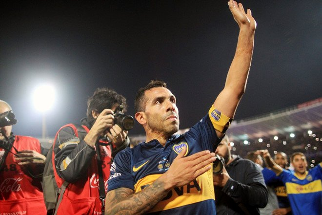 Bo chay khoi Trung Quoc, Tevez tro ve Boca Juniors hinh anh 2