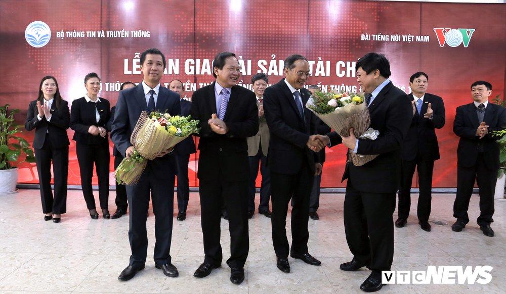 Ban giao tai san, tai chinh cho Dai Truyen hinh ky thuat so VTC tu Bo TTTT sang Dai Tieng noi Viet Nam hinh anh 2