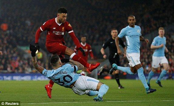 Truc tiep Liverpool vs Man City, Link xem bong da Ngoai hang Anh vong 23 hinh anh 2
