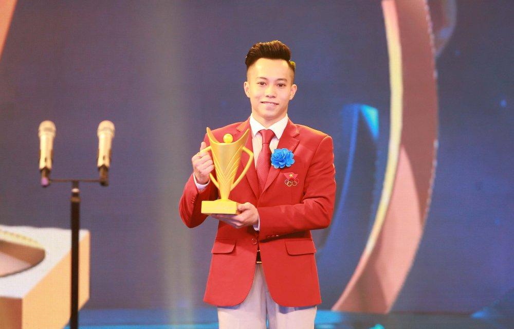 Bui Thi Thu Thao bat ngo danh bai Anh Vien, gianh Cup Chien thang 2017 hinh anh 1