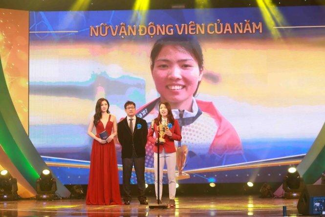Bui Thi Thu Thao bat ngo danh bai Anh Vien, gianh Cup Chien thang 2017 hinh anh 2