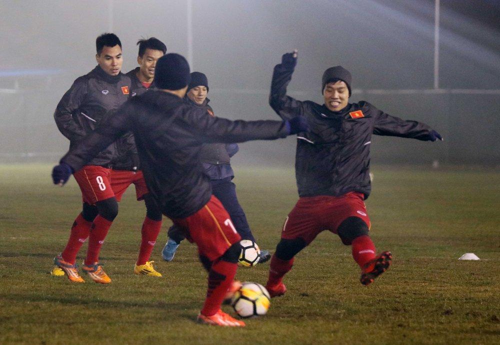 Tong thu ky AFF: 'U23 Viet Nam la niem tu hao cua Dong Nam A' hinh anh 2
