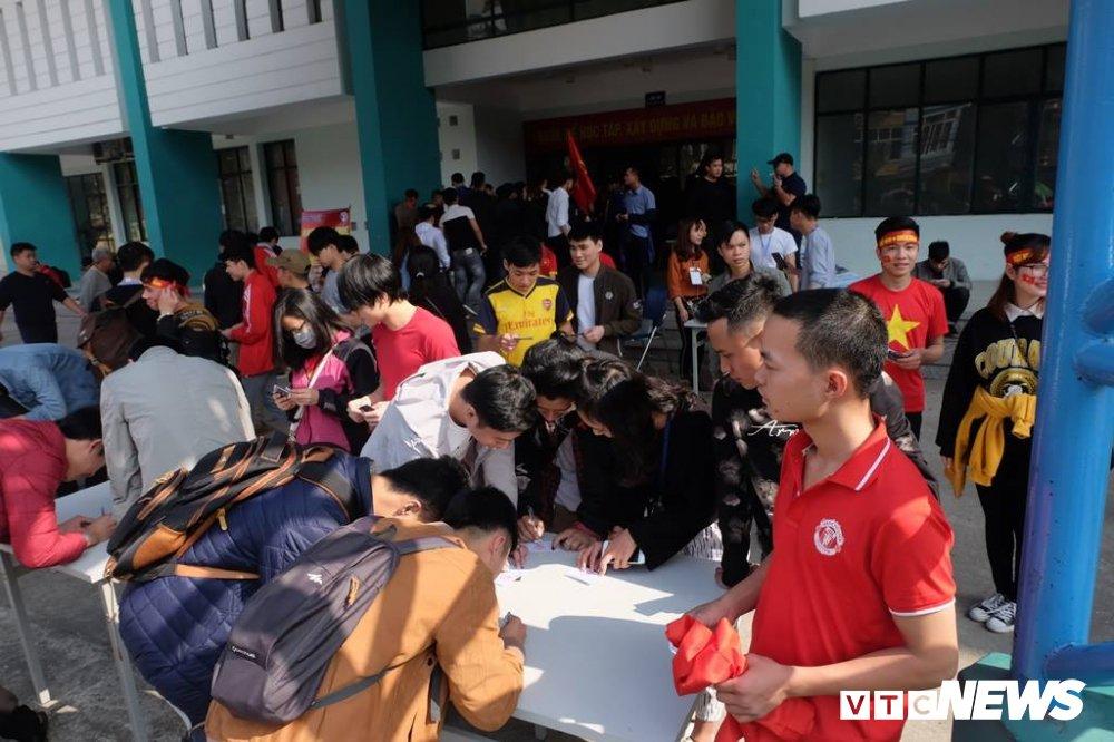 Ket qua U23 Viet Nam vs U23 Qatar: Hap dan tran ban ket U23 Chau A hinh anh 12
