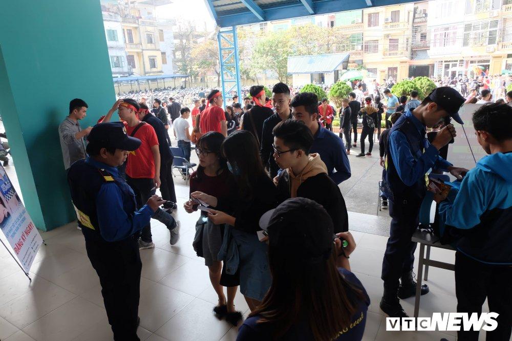 Ket qua U23 Viet Nam vs U23 Qatar: Hap dan tran ban ket U23 Chau A hinh anh 11