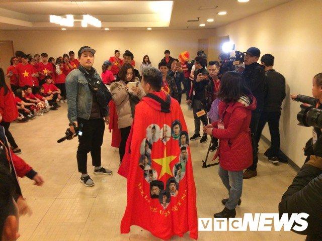 Truc tiep: San My Dinh ruc sang dem Gala mung cong U23 Viet Nam hinh anh 8