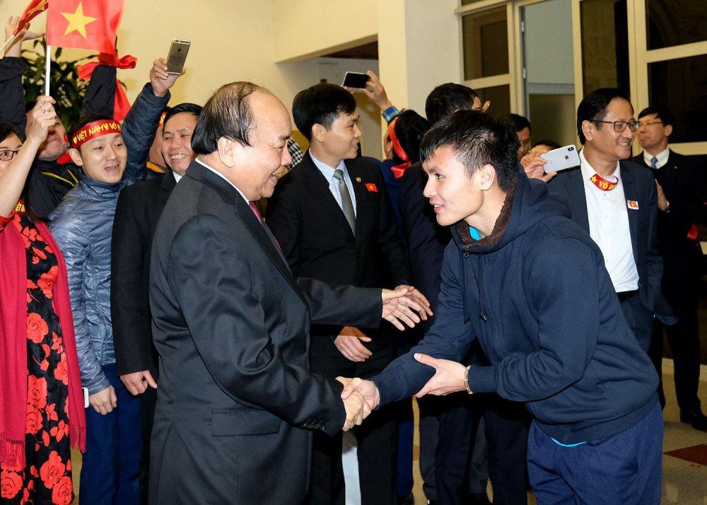 Thu tuong dong vien U23 Viet Nam: 'Dung buon, lam tot lam, tot lam' hinh anh 2