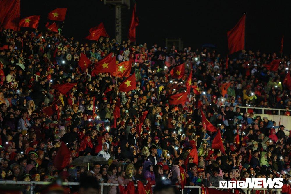 Truc tiep: San My Dinh ruc sang dem Gala mung cong U23 Viet Nam hinh anh 6