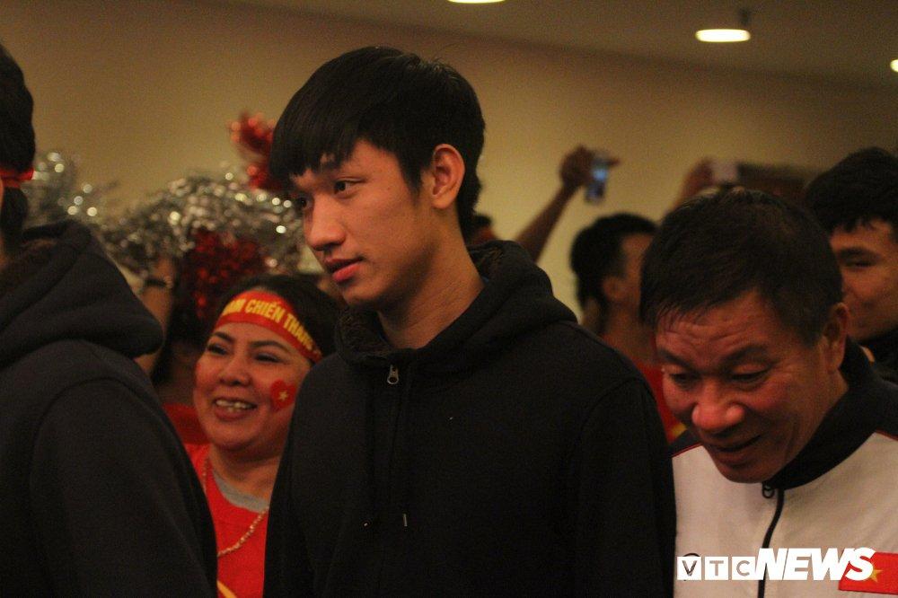 Truc tiep: San My Dinh ruc sang dem Gala mung cong U23 Viet Nam hinh anh 5