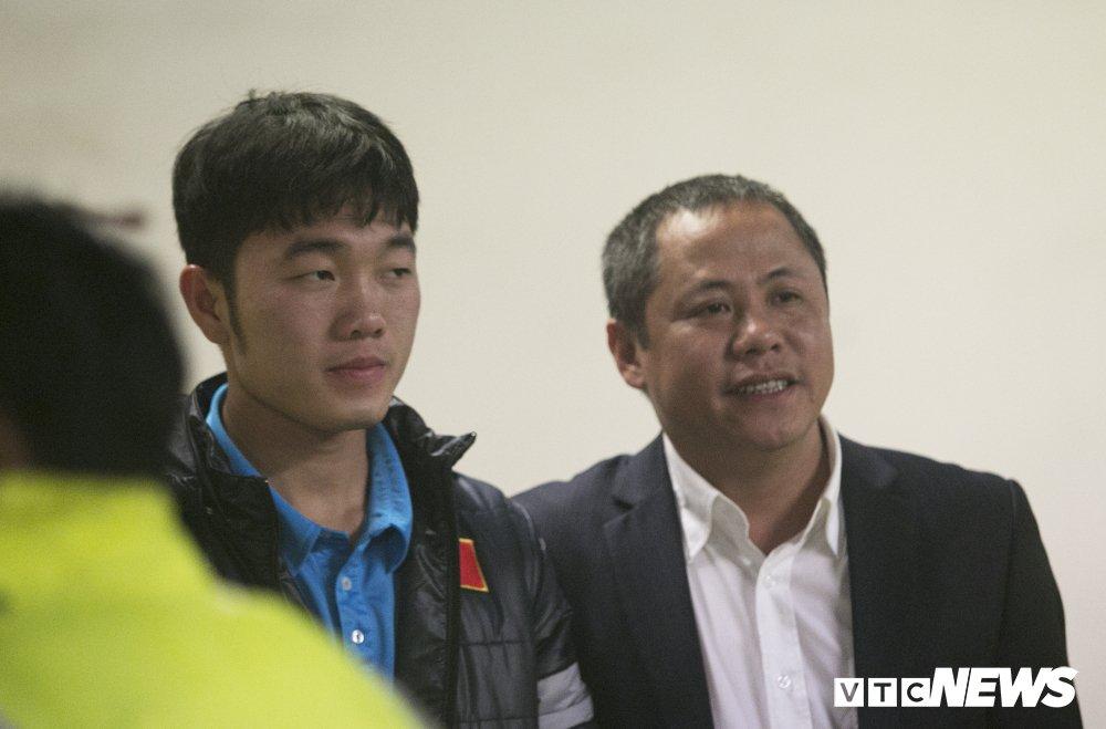 Truc tiep: San My Dinh ruc sang dem Gala mung cong U23 Viet Nam hinh anh 14
