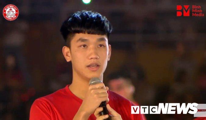 Truc tiep: San Thong Nhat 'vo tung' chao don nguoi hung U23 Viet Nam hinh anh 5