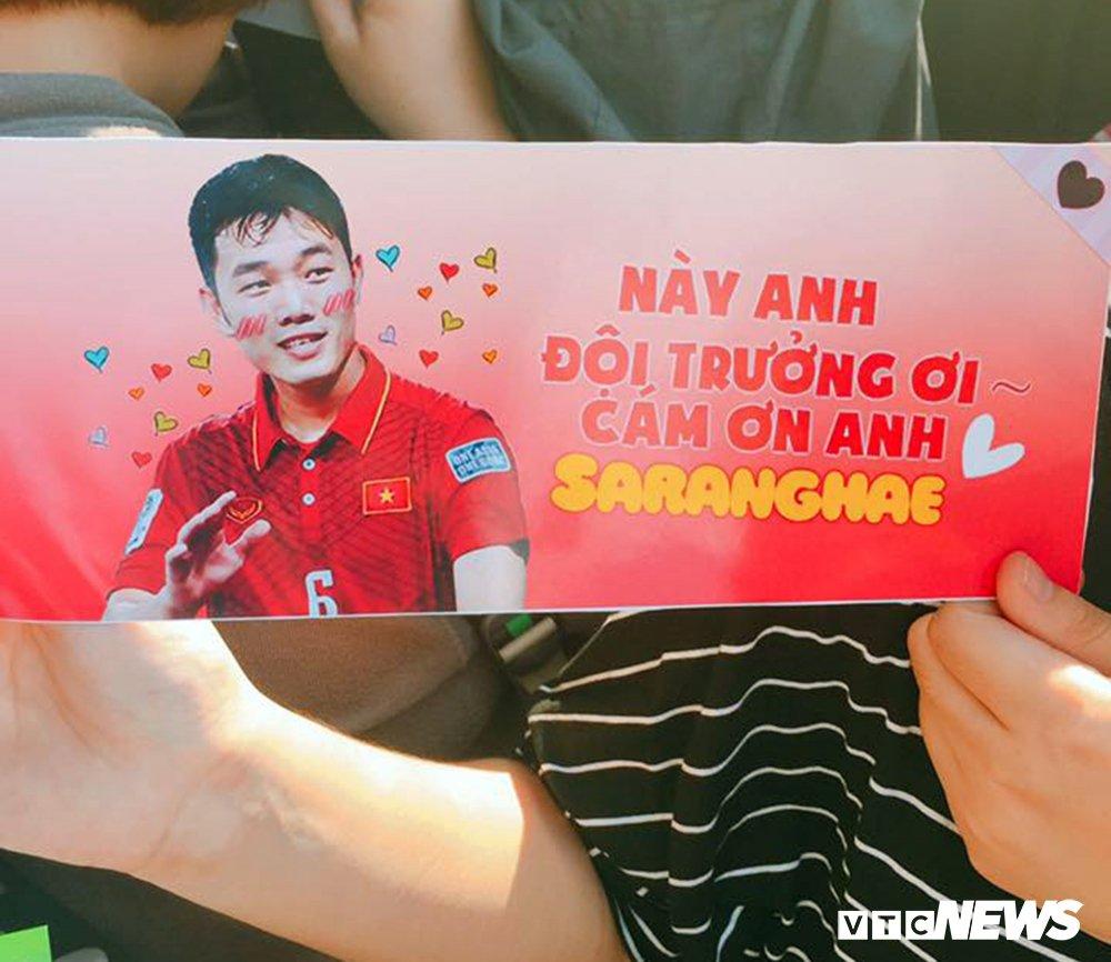 Truc tiep: San Thong Nhat 'vo tung' chao don nguoi hung U23 Viet Nam hinh anh 23