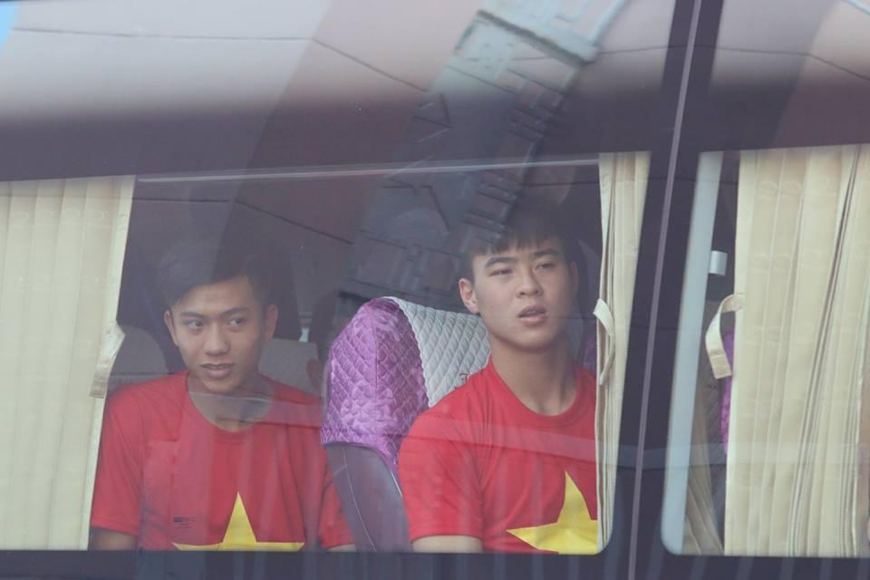 Truc tiep: San Thong Nhat 'vo tung' chao don nguoi hung U23 Viet Nam hinh anh 31