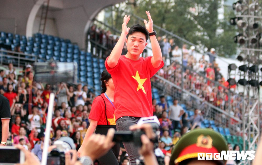 Xuan Truong se phan chia 43 ty dong tien thuong cho tap the U23 Viet Nam? hinh anh 2