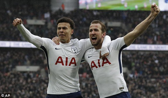 Truc tiep Tottenham vs Arsenal, Link xem vong 27 Ngoai hang Anh 2018 hinh anh 1
