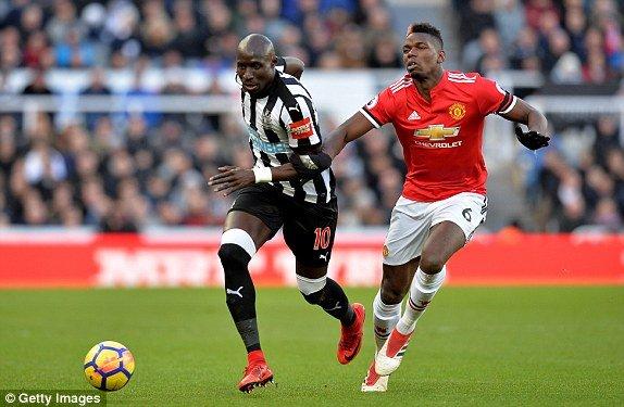 Truc tiep Newcastle vs MU, Link xem bong da Ngoai hang Anh 2018 vong 27 hinh anh 4
