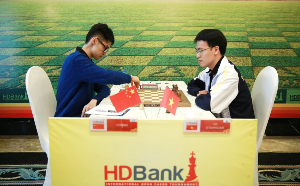 Le Quang Liem khoi dau suon se tai giai co vua quoc te HDBank 2018 hinh anh 1
