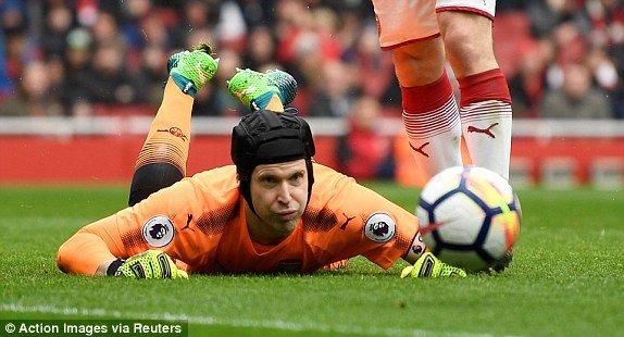 Truc tiep Arsenal vs Southampton, Link xem vong 33 Ngoai Hang Anh 2018 hinh anh 1