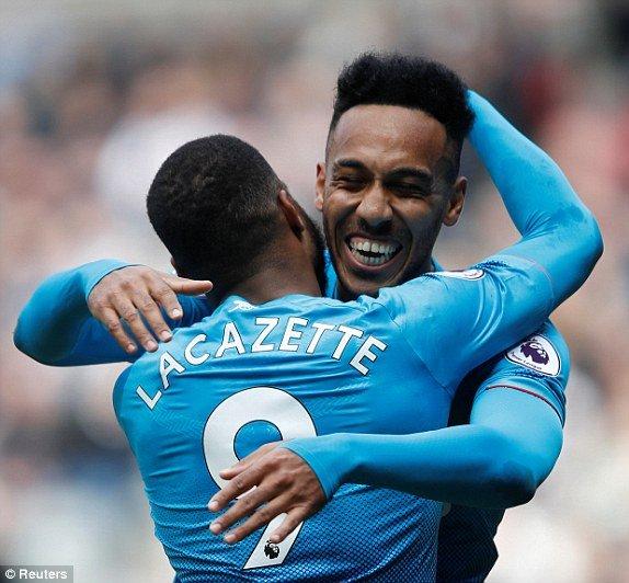 Truc tiep Newcastle vs Arsenal vong 34 Ngoai Hang Anh hinh anh 3